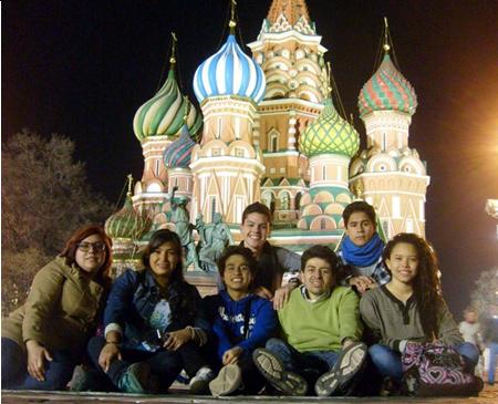 Estudiantes de Ecuador, Colombia y Perú en el corazón de Rusia