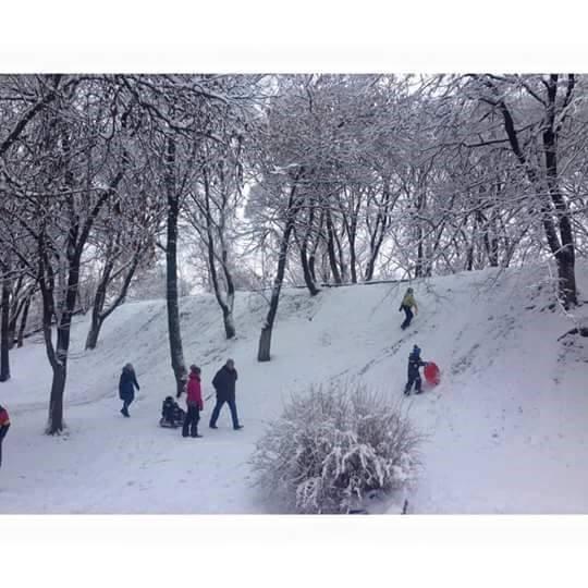 Elena de la Universidad Politécnica de San Petersburgo disfrutando de los juegos de invierno