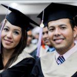 ¿Qué beneficios tiene estudiar un Postgrado o Maestría?