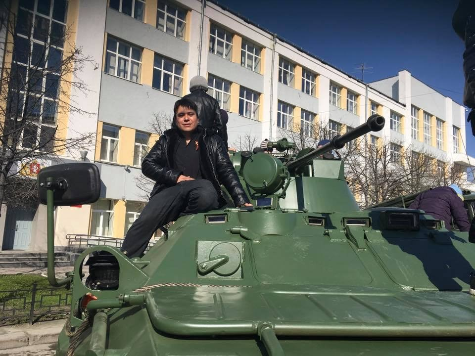 Vladimir González Meza está estudiando actualmente la Facultad de Idioma para estudiar una maestría en la Universidad Federal de los Urales