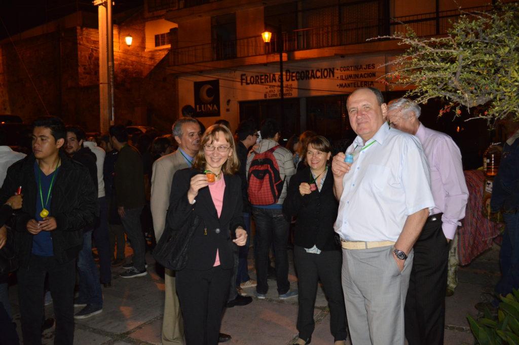 """Por la noche, a los participantes del evento se les invitó a una """"Callejonada Zacatecana"""""""