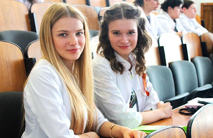 ¿Cuánto dura la carrera de medicina en Rusia?
