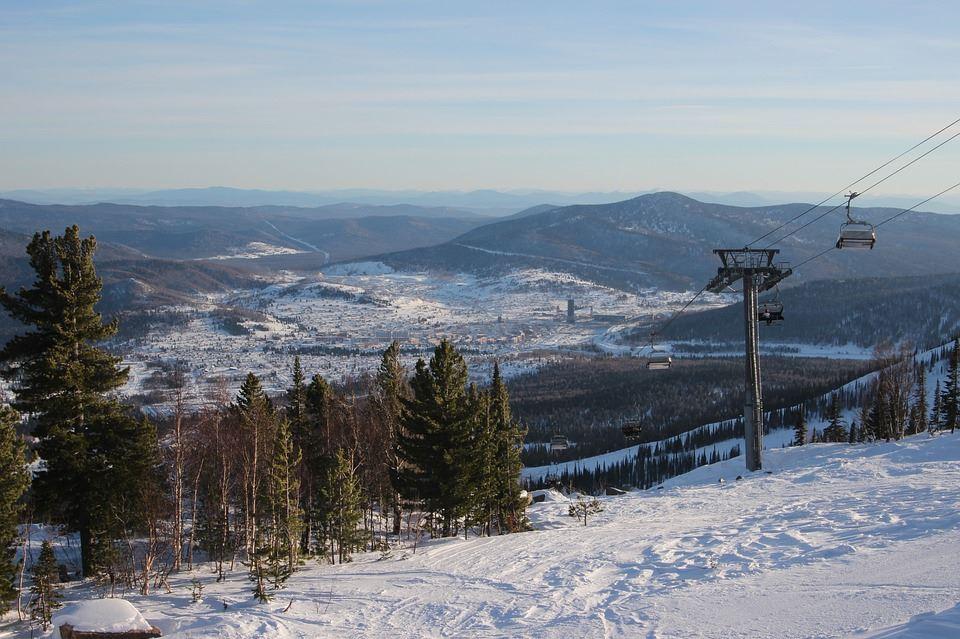 6 famosas estaciones para esquiar en Rusia