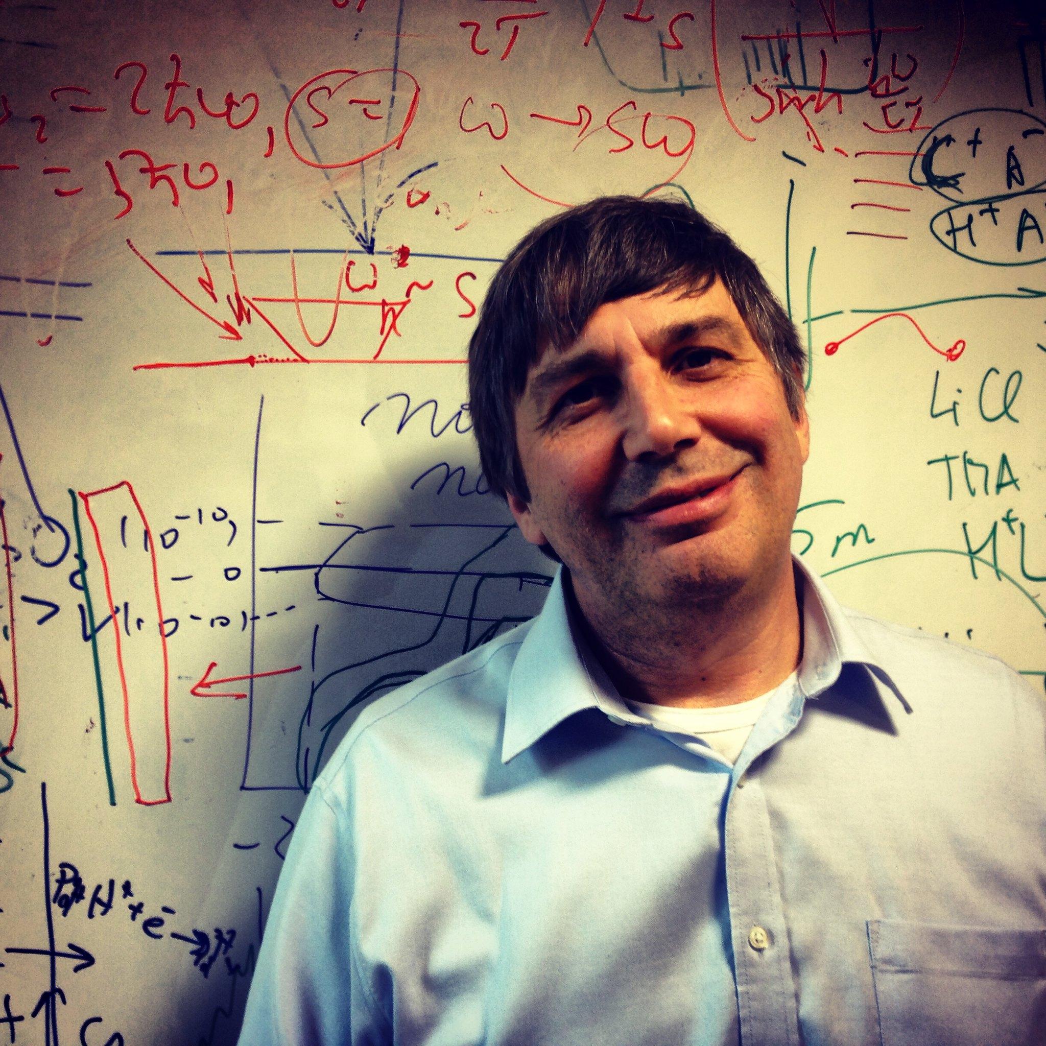 Breve Biografía de Andrey Konstantinovich Geim (Premio Nobel de Física 2010)