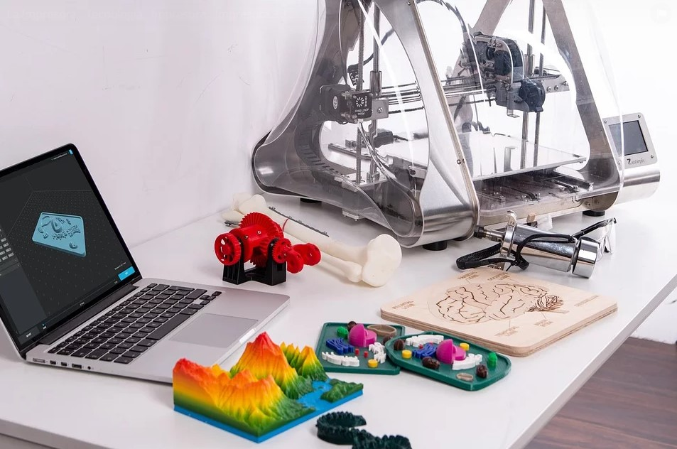 ¿Qué carreras o maestrías en Rusia están relacionadas con impresión en 3D?